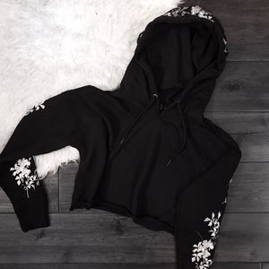 Missguided Black Floral Embroidered Sweatshirt